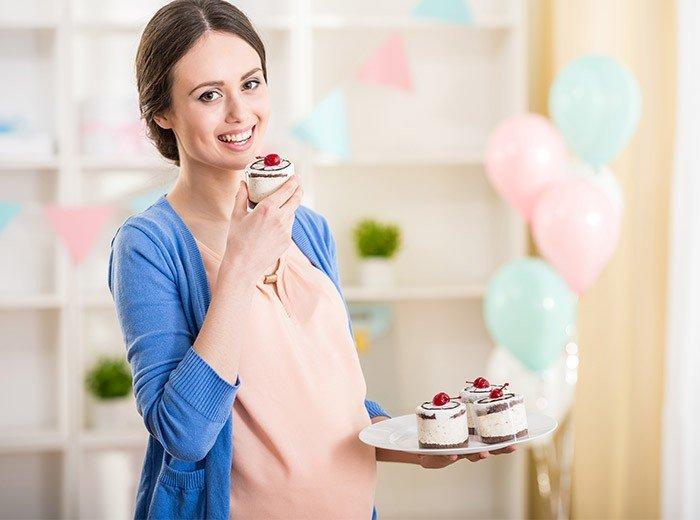 Можно ли есть при беременности сладкое